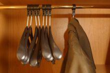Design vestavěných skříní v ložnici